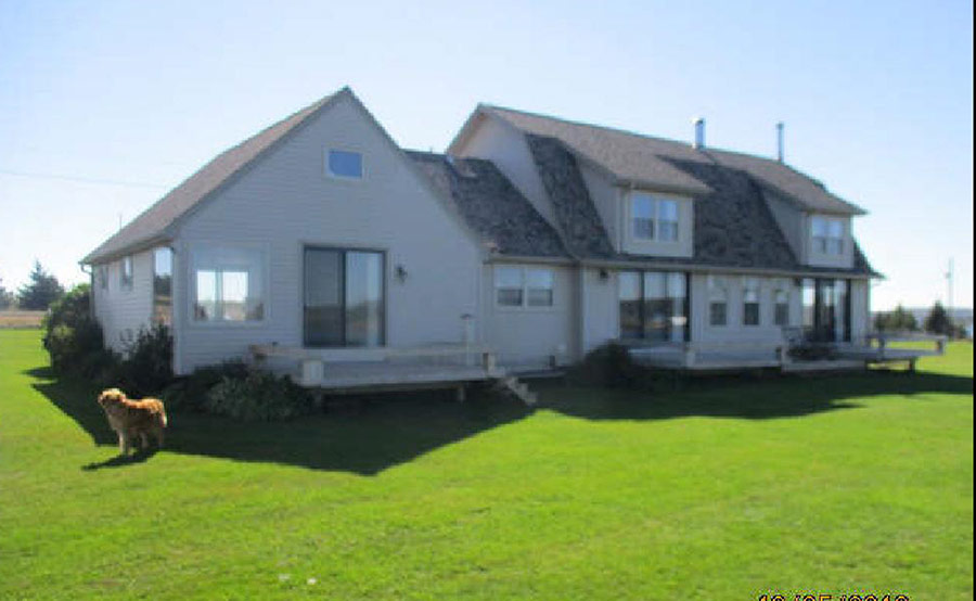 Home pei summer rental cottages lobster house for Dream home rentals